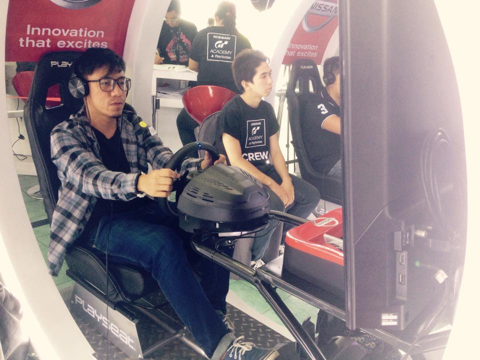Video Motor Racing on Nissan GT Academy