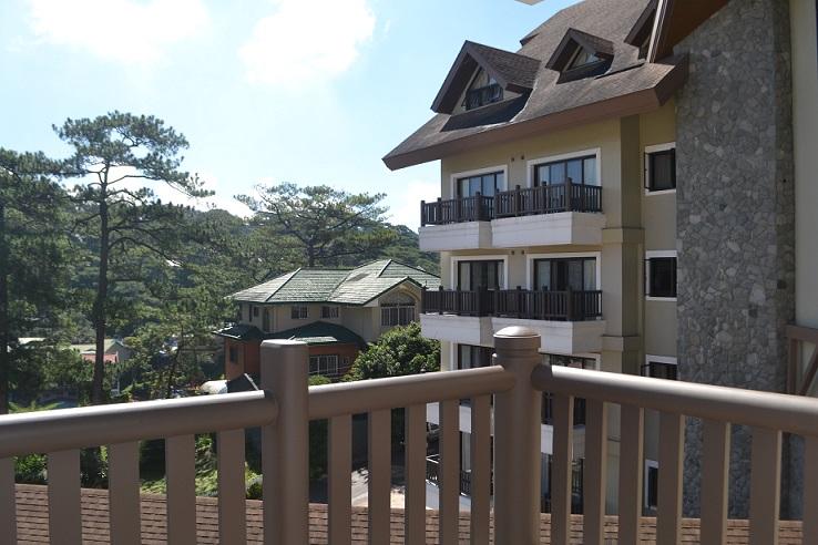 Azalea Hotel Review