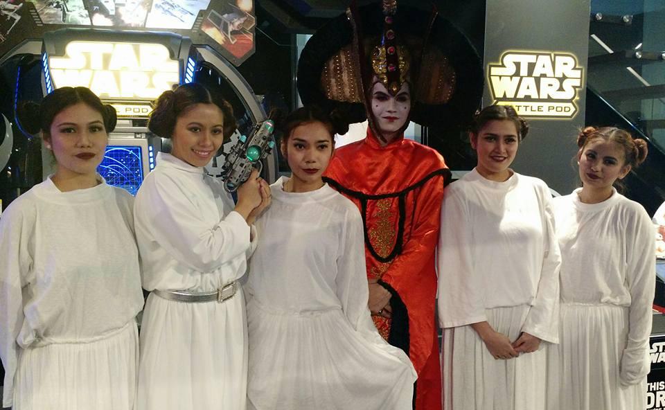 Globe Star Wars Store