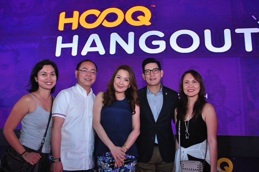 HOOQ Marketing Head Sheila Paul, HOOQ Director of Content Jeff Remigio, Mano Po 7 Chinoy Artist Jean Garcia & Richard Yap with HOOQs Country Manager Jane
