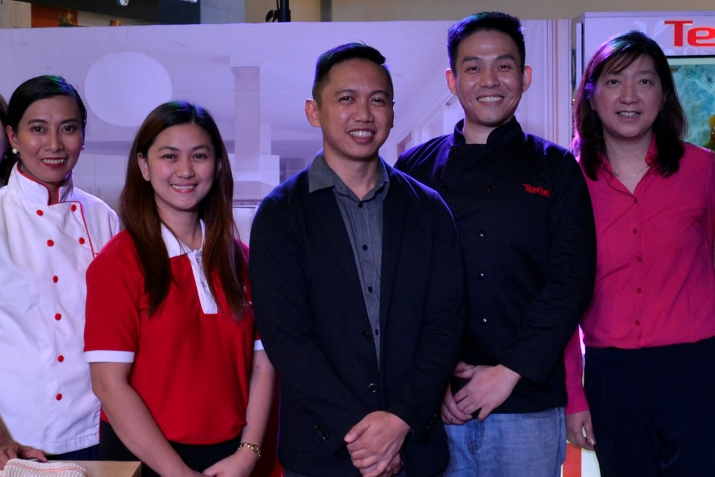 From left to right: Tefal Corporate Chef, Ms. Sonia Astudillo, Tefal Brand Marketing Manager, Ms. Tobi Corciega, Tefal Commercial Manager for the Philippines, Mr. Ryan Borines, Tefal brand ambassador, Chef Jonas Ng and Business Development Vice President of Collins International Trading Corporation, Miss Julie Lim