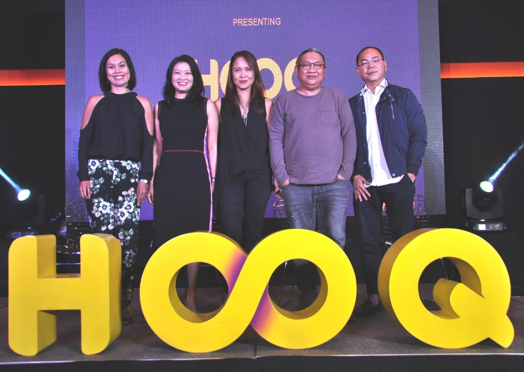 HOOQ Team- Sheila Paul, Marketing Head, Allison Chew Regional Brand and Communications Head, Jane Cruz-Walker, Country Manager and Jeff Remigio Programming and Content Head with one of the judges of HOOQ Film