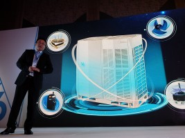 Midea Commercial Air Conditioner Division (CAC) Marketing Manager Peck Zhao showcases the features of the Midea V6 Series VRF at its recent launch event.